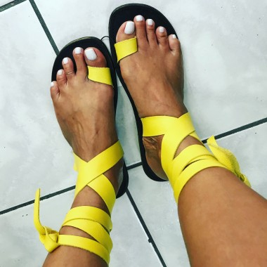 Lucy - Tie Ankles - Yellow
